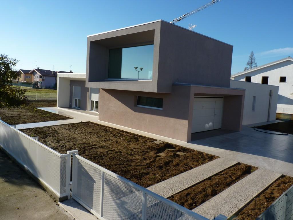 Villa zar a unifamiliare verona sistem costruzioni for Case in legno xlam