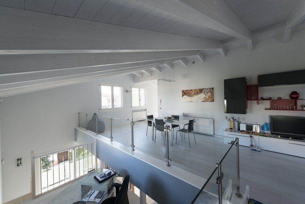 Villa Bertacchini – Plurifamiliar, Módena