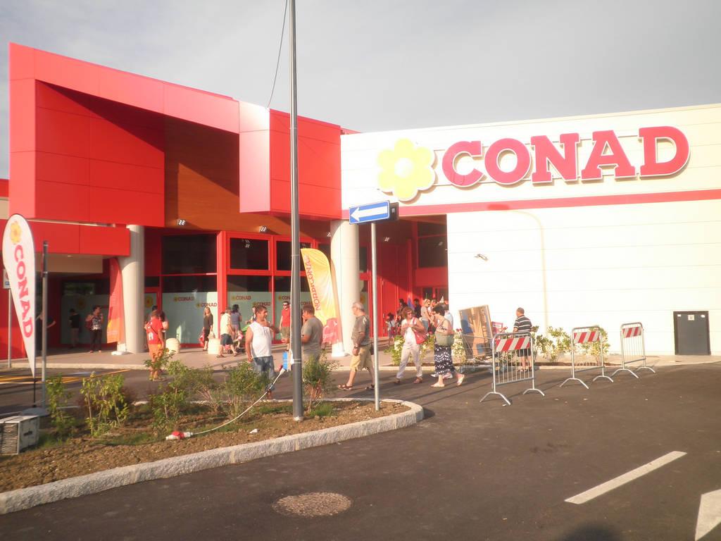 Supermercado Conad – Medicina (Bolonia)