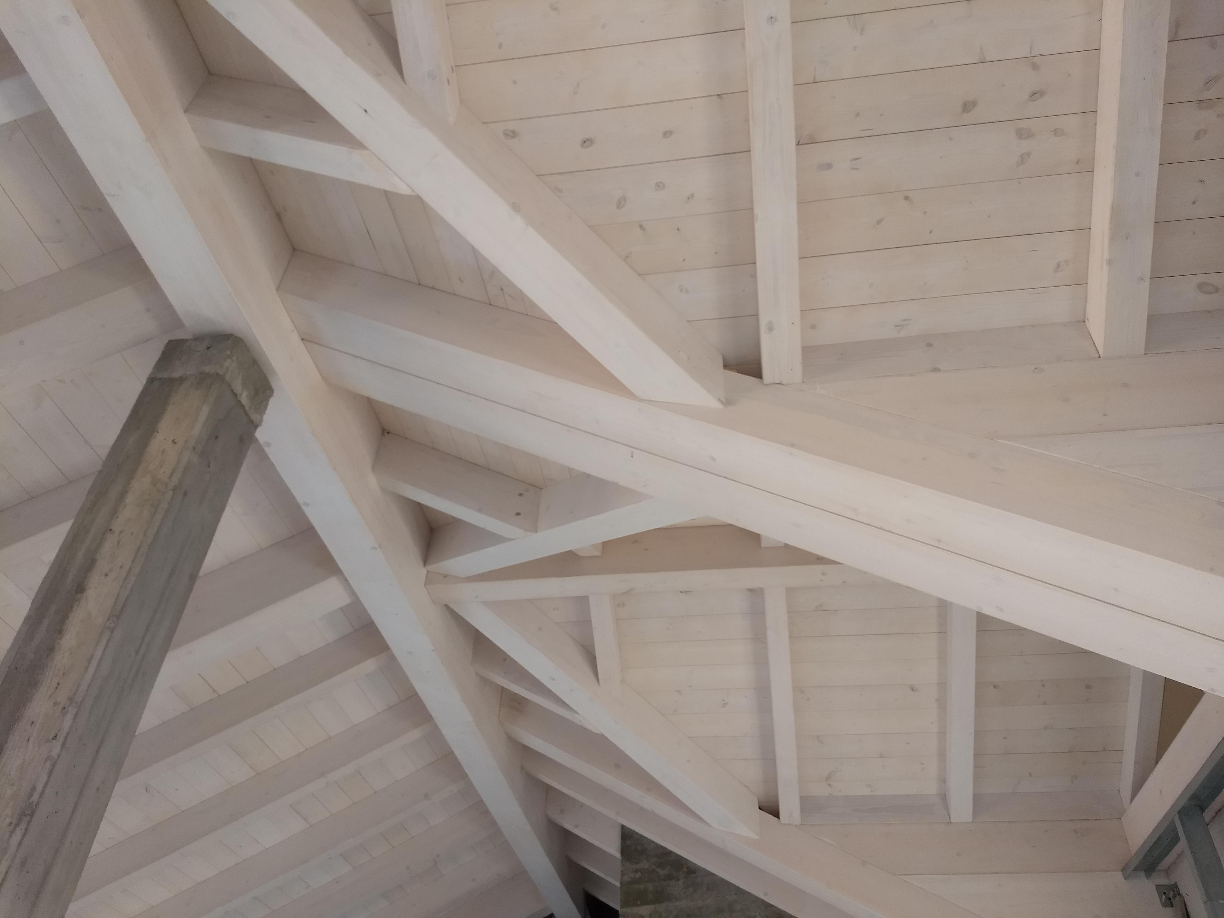 Copertura in legno – Vignate (Milano)