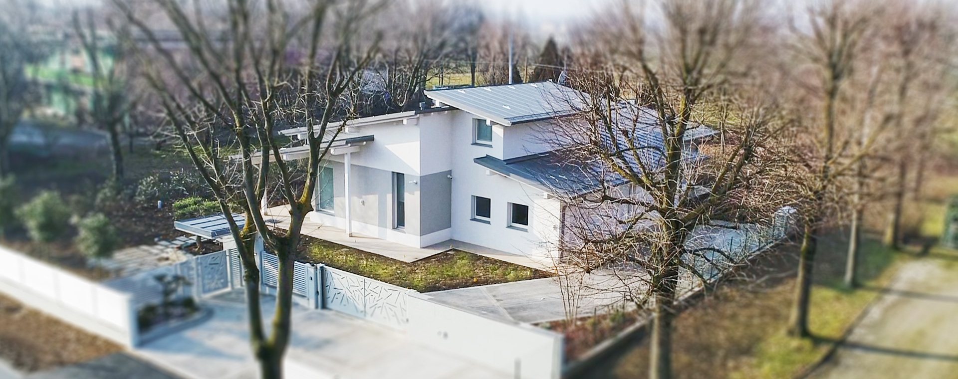 <span>La casa italiana in legno</span><span>The Italian wooden house</span>